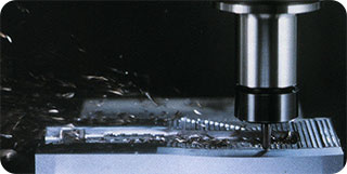 RapidMolds.com uses ultra high speed machining for manufacturing rapid injection molds